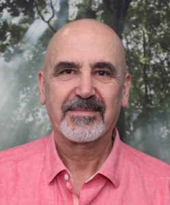 Headshot of Aziz Amoozegar