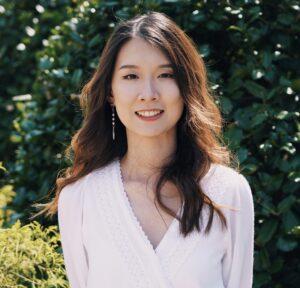 Headshot Hezhou (Jenny) Ding